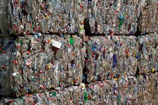 Compartiendo inquietudes sobre la gestión de residuos en el Congreso